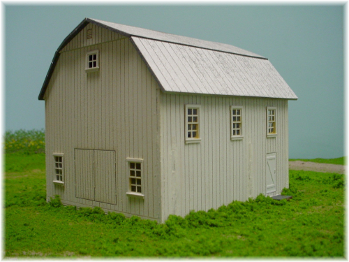 PDM 1020A HO scale Gambrel roof Barn