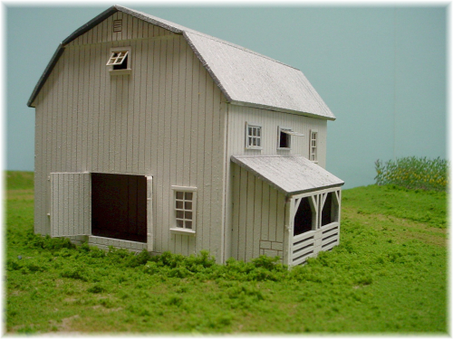 PDM 1020C HO scale One Level Gambrel roof Barn